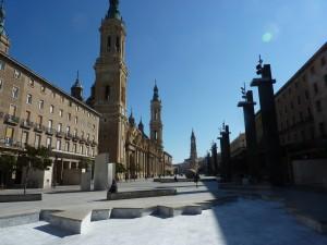 Plaza de Pillar mit Kathedrale